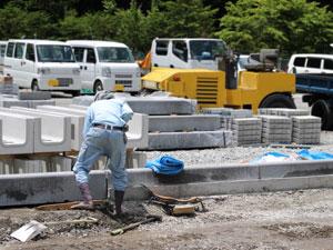 福岡市には建設・土木関連の会社、仕事が多い。