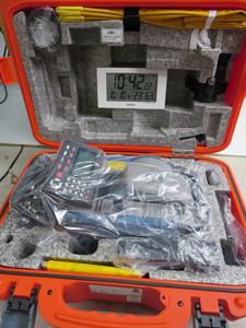 トータルステーション 梱包前 状態 電波時計 撮影